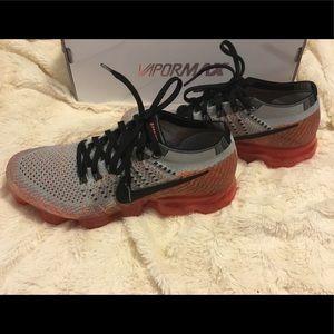Nike Shoes - Nike Women's Air Vapormax Flyknit 7.5 GREAT PAIR